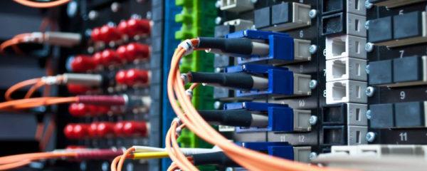 connectiques informatique